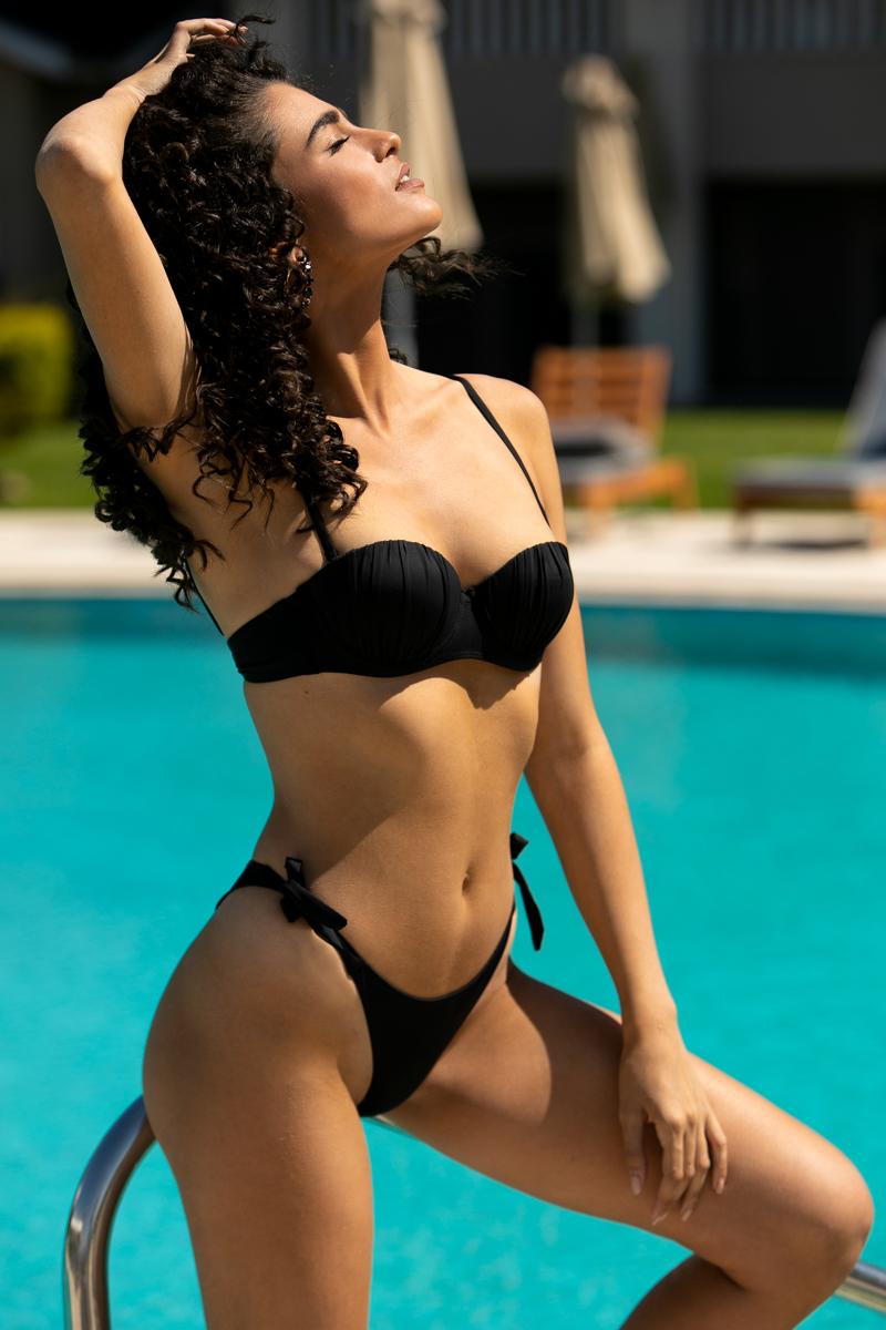 Μαγιό Set Bikini μαύρο με μπανέλα και σχέδιο στο μπούστο