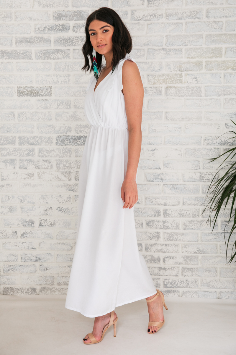 b32082b0aab Φόρεμα λευκό μακρύ   Owtwo