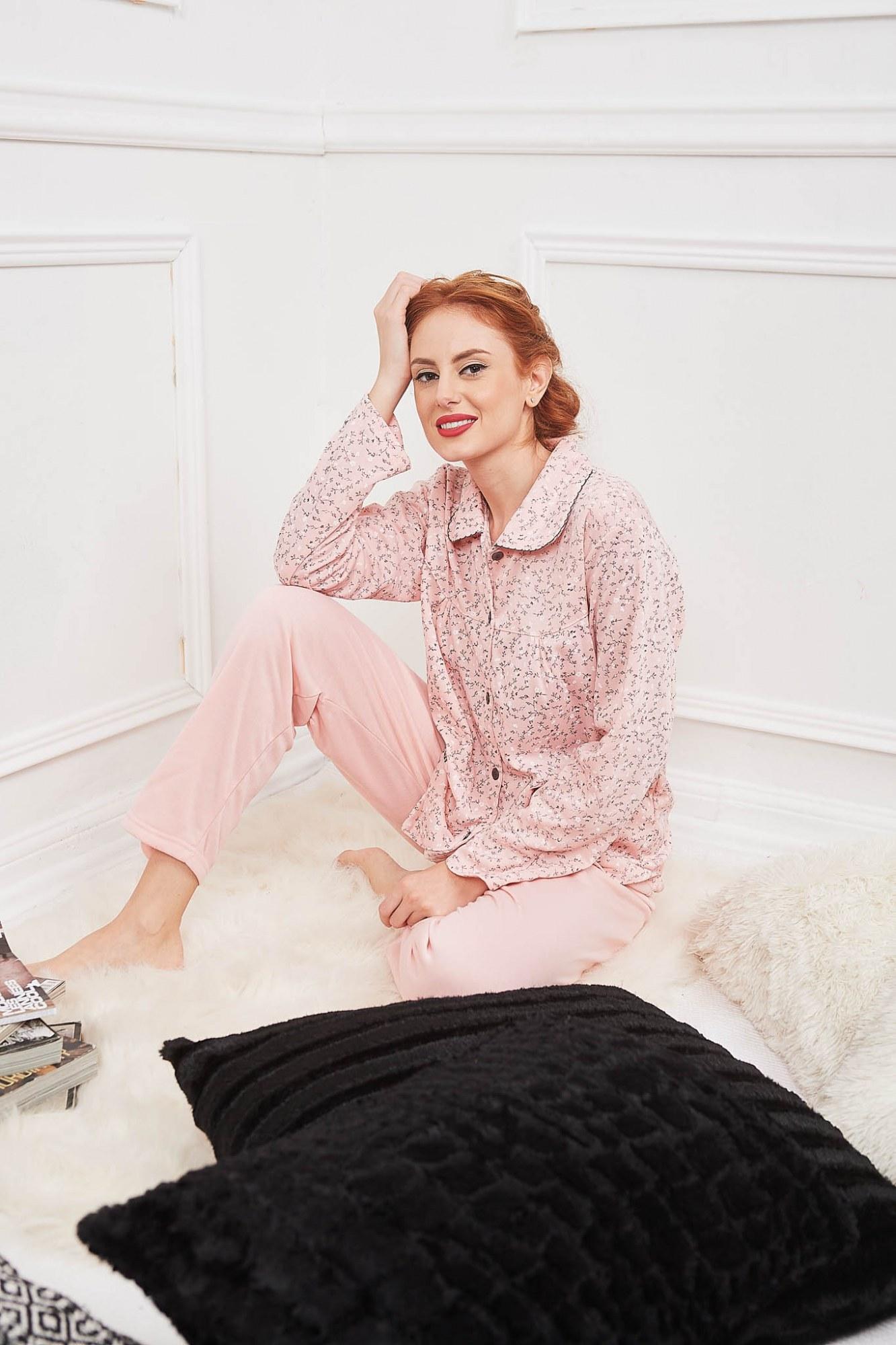 Σετ πυτζάμες ροζ με γιακά και κουμπάκια