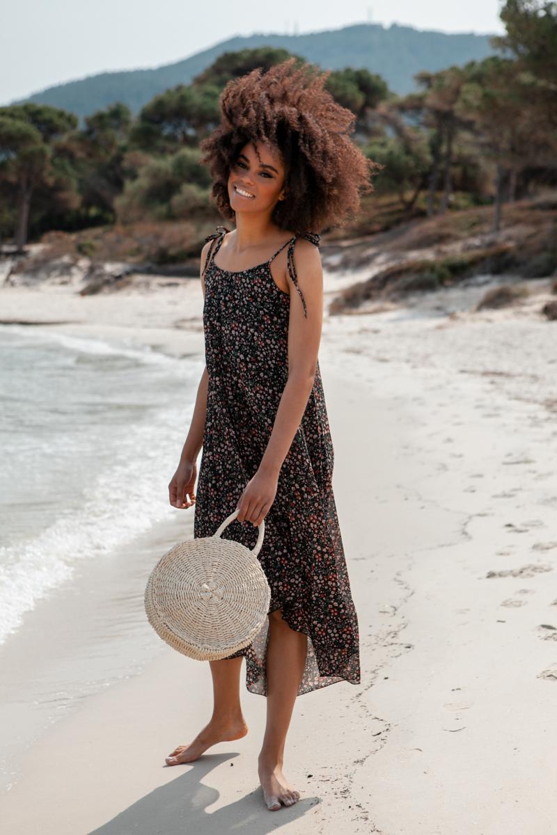 9a9594a35b3e Φόρεμα floral μαύρο πλισέ