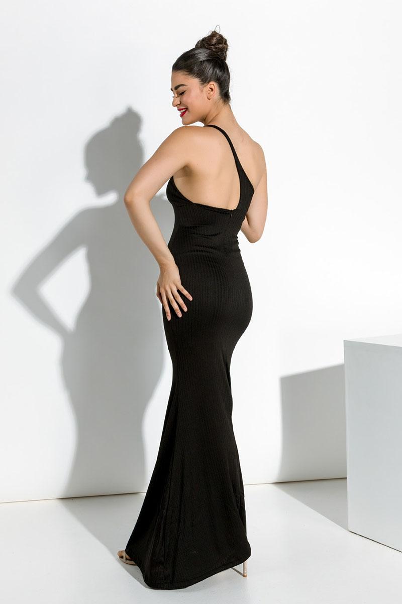 13226e5a7e0 Φόρεμα μακρύ μαύρο στενό με έναν ώμο