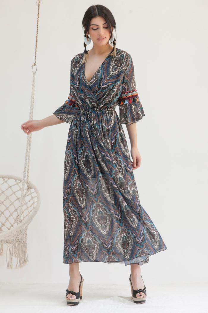 245d402e90d7 Φόρεμα maxi μπλε εμπριμέ