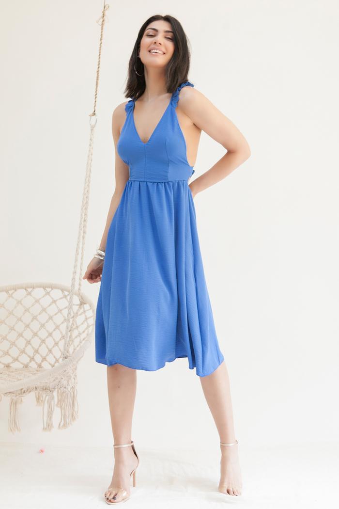 f603774247c8 Φόρεμα μπλε ρουά με ράντες βολάν