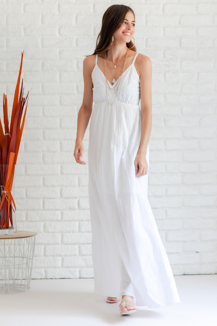 abc4bb61344 Φόρεμα λευκό κιπούρ μακρύ