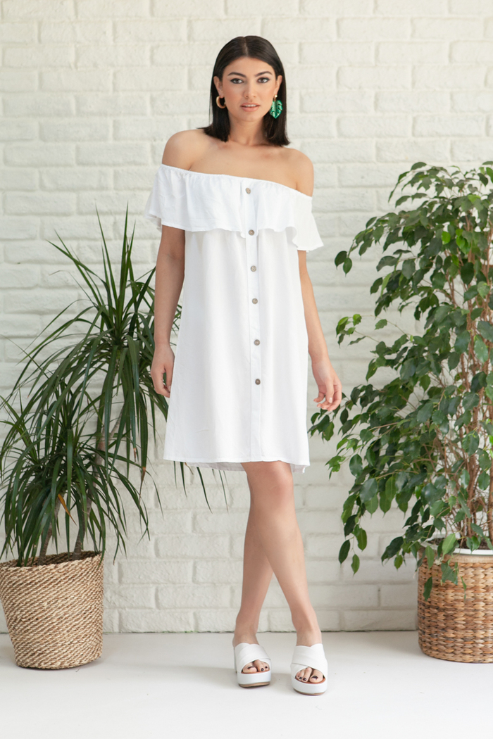 0a58dcf7587 Φόρεμα λευκό off shoulder με κουμπιά